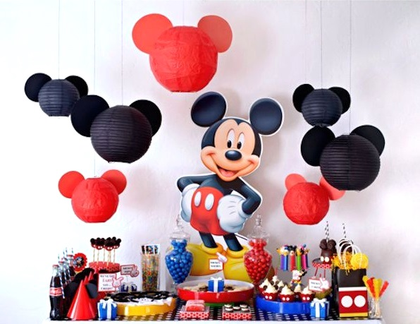 mickey-mouse-party-table-setup